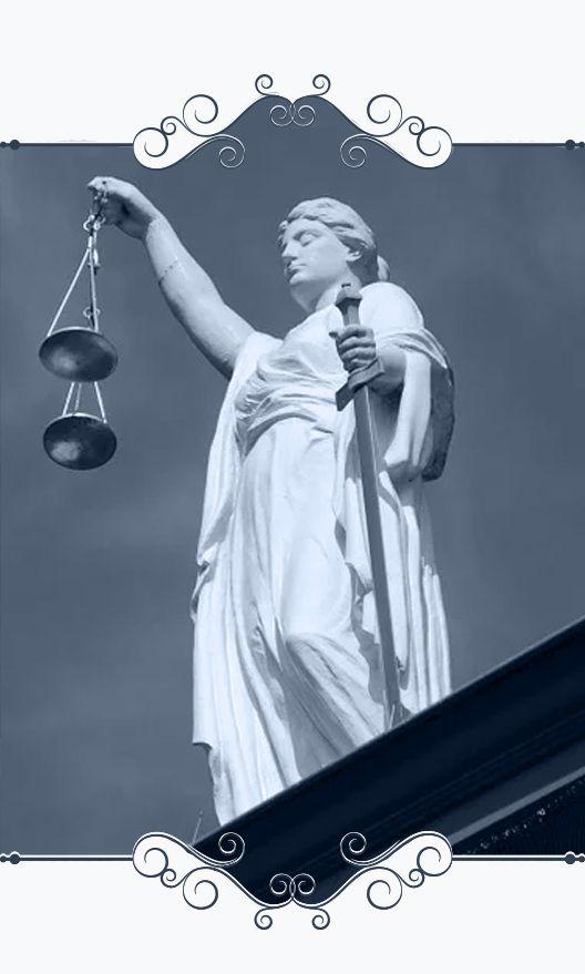 muestra estatua que representa a la justicia