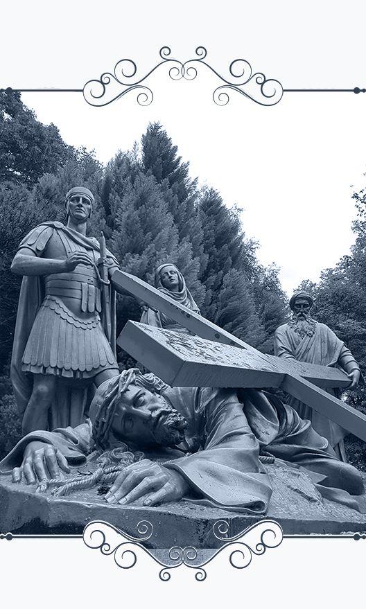 Muestra conjunto escultórico de Jesús Nazareno en Lourdes, Francia.